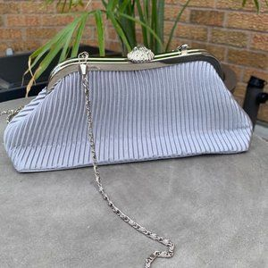 Vintage Bijoux Terner Clam Shell Clasp Bag 🐚